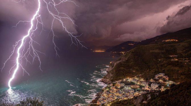Egy fantasztikus villámfotó Olaszországból!