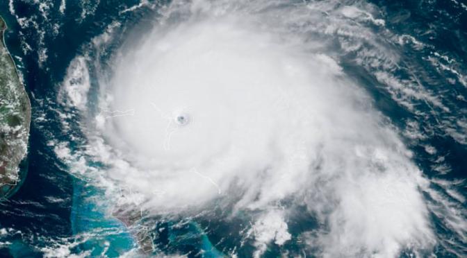 Itt vannak az első képek és videók a Dorian hurrikán pusztításáról