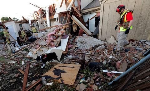 Tornádó söpör végig Amerikán, több tízezer háztartásban nincs áram