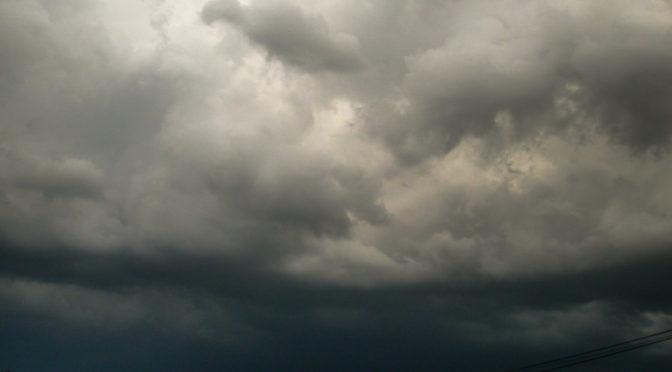 Újabb felhőszakadás, heves zivatarok az északi határ közelében(2006.06.28)