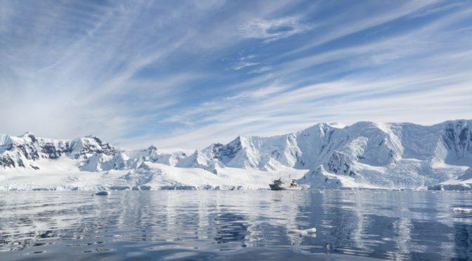 Félelmetes képeken az Antarktisz olvadása